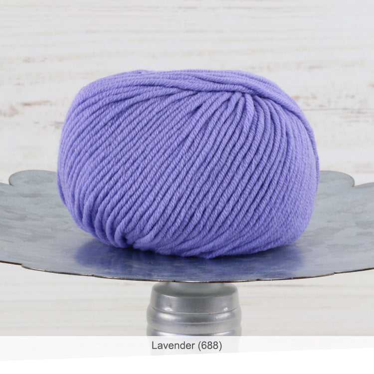 Trendsetter's Merino VIII superwash wool yarn in Lavender (688)