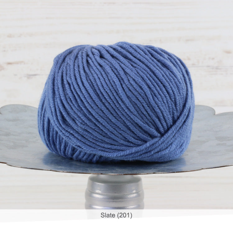 Trendsetter's Merino VIII superwash wool yarn in Slate (201)