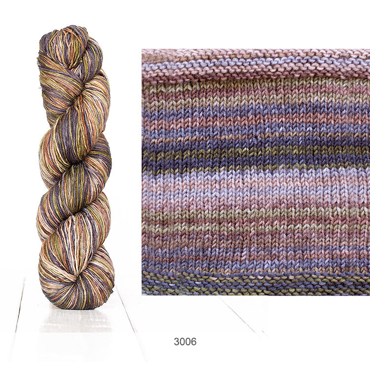 Urth Yarn's Uneek Fingering in Color 3006