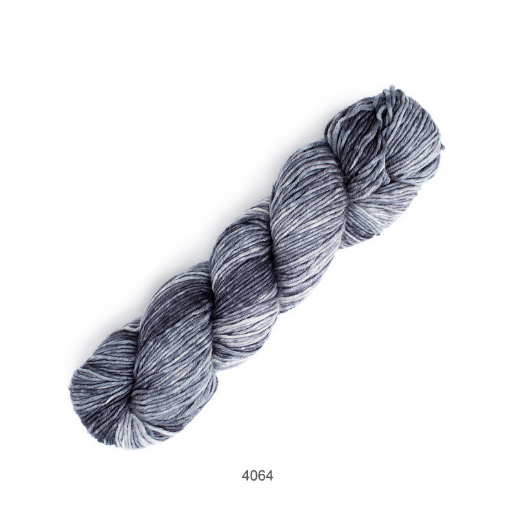 Urth Yarn's Monokrom Worsted extrafine, superwash merino - 4064