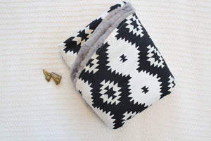 Round Blanket - Black and White Tribal