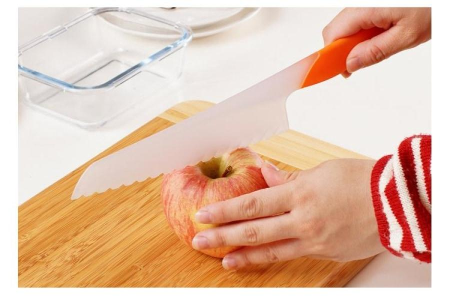 4-Piece Set of Safety Knives - Perfect for Kids in the Kitchen-Kioro Knives