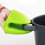 Insulated Non-Slip Oven Mitt - Innovative Design for Safer Cooking-Kioro Knives