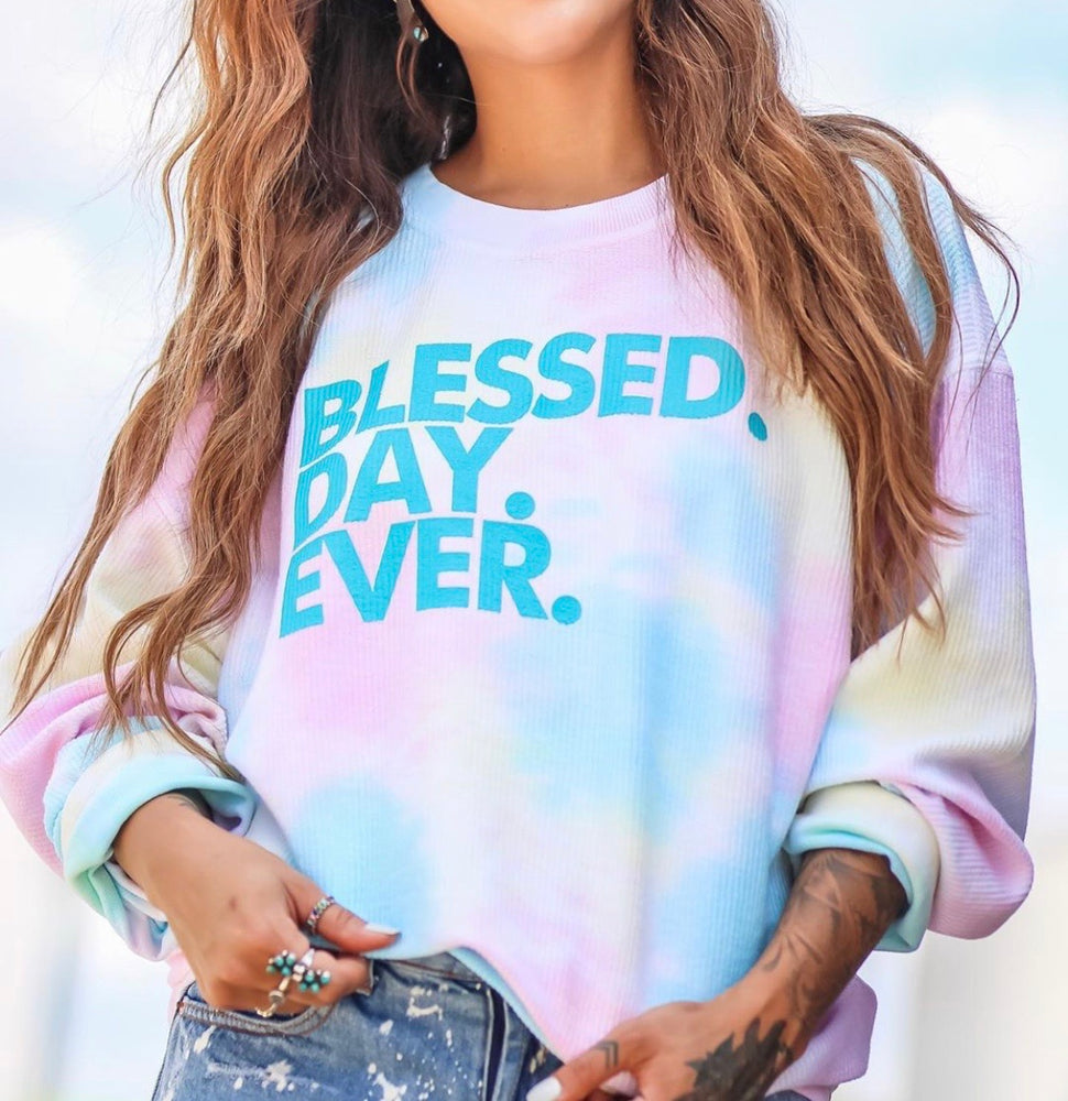 Blessed.Day.Ever-pullover