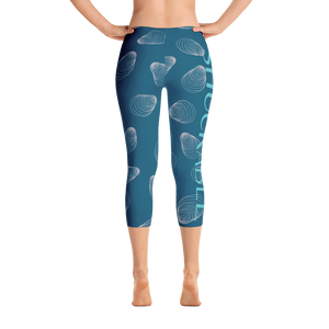 Shuckable Shell Pattern Navy Capri Leggings
