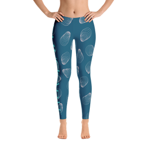 Shuckable Shell Pattern Navy Leggings