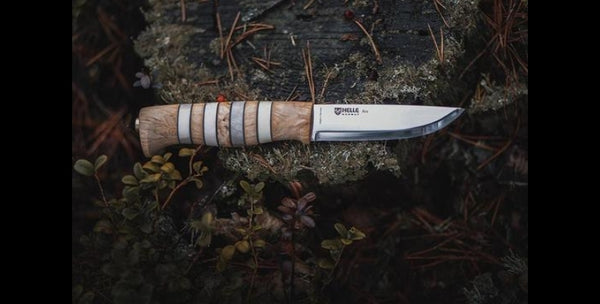ARV KNIFE IN THE FOREST