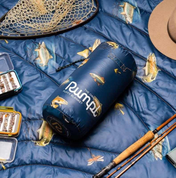 fly fishing gear and river strike blanket