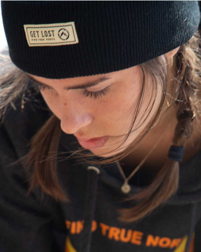 get lost beanie in black - close up 1