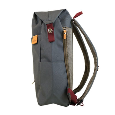 Highline Daypack in Gray - Sideview