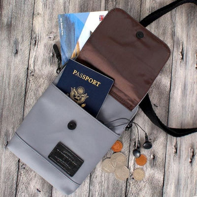 Harvest Label Urban Shoulder Case - Passport