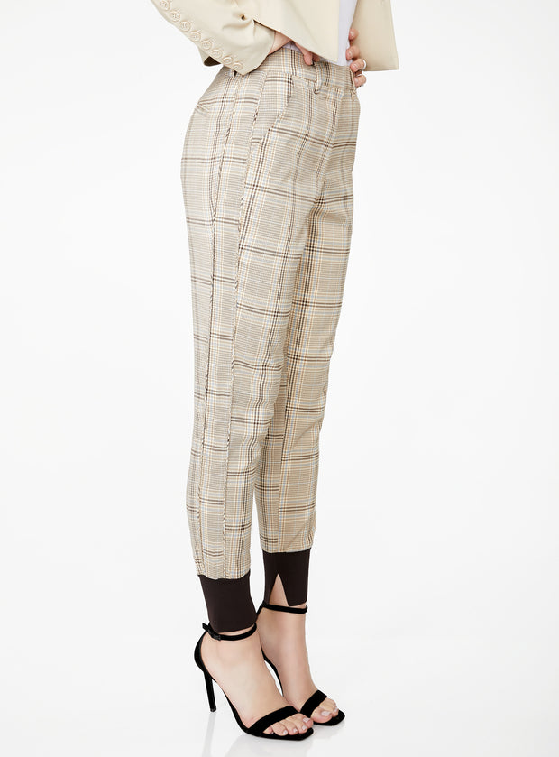 High Waisted Jogger in Sand Plaid