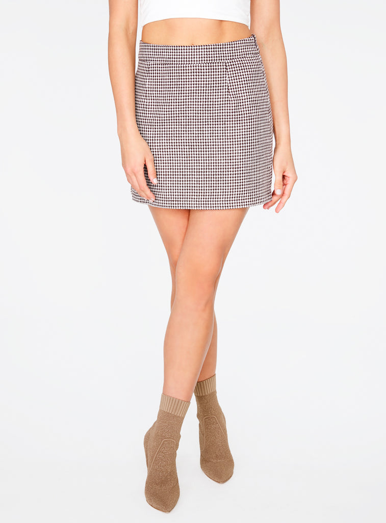 brown-houndstooth-4003