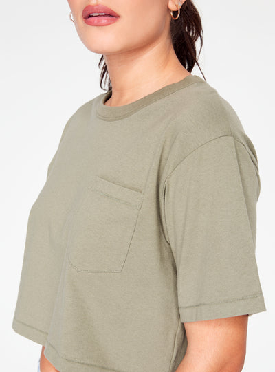 HeyYou Basic Cropped Pocket Tee in Olive