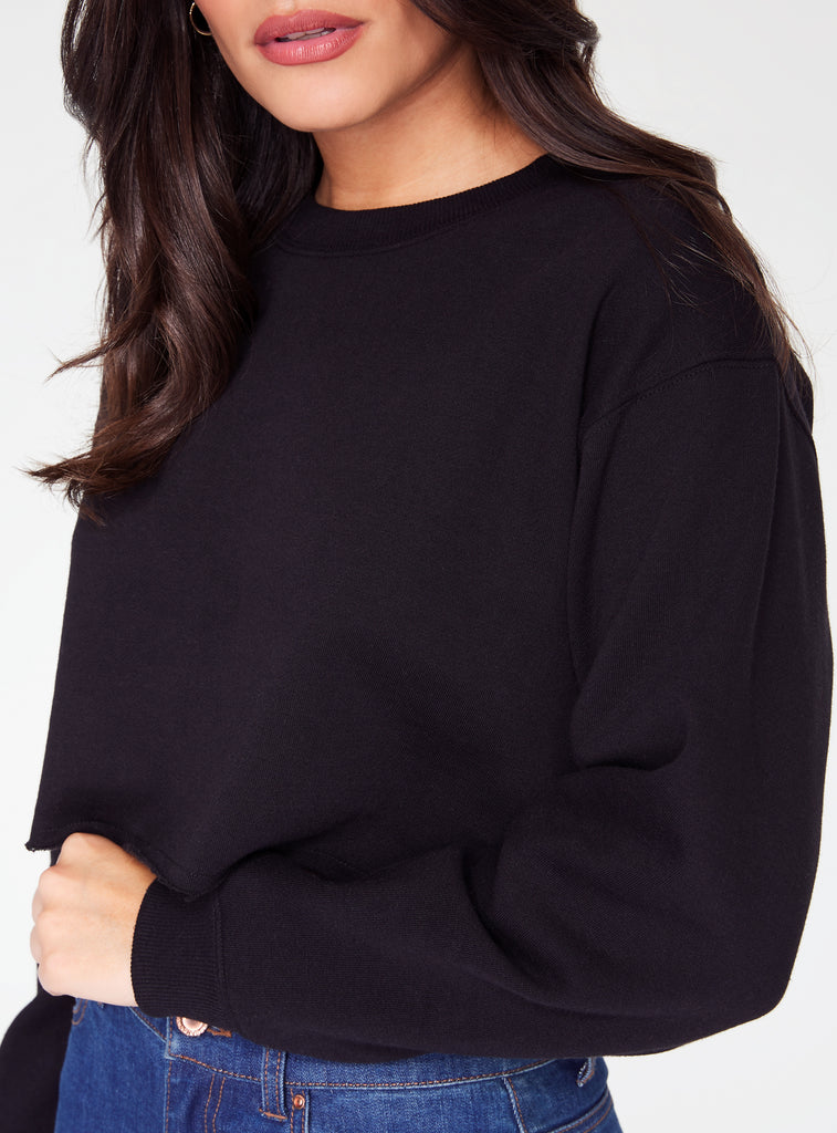 HeyYou Basic Black Cropped Sweatshirt
