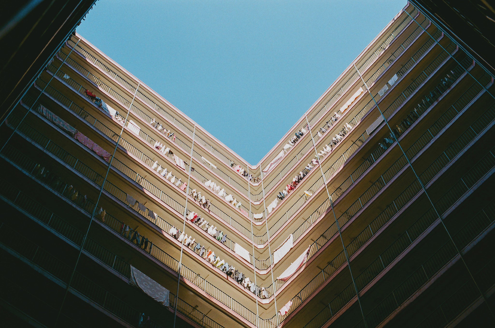 Photo of buildings and sky shot on agfaphoto vista iso 200 35mm colour film
