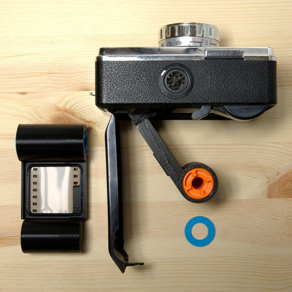 Camerhack Fakmatic Adapter for 126 Film Cameras - Analogue Wonderland