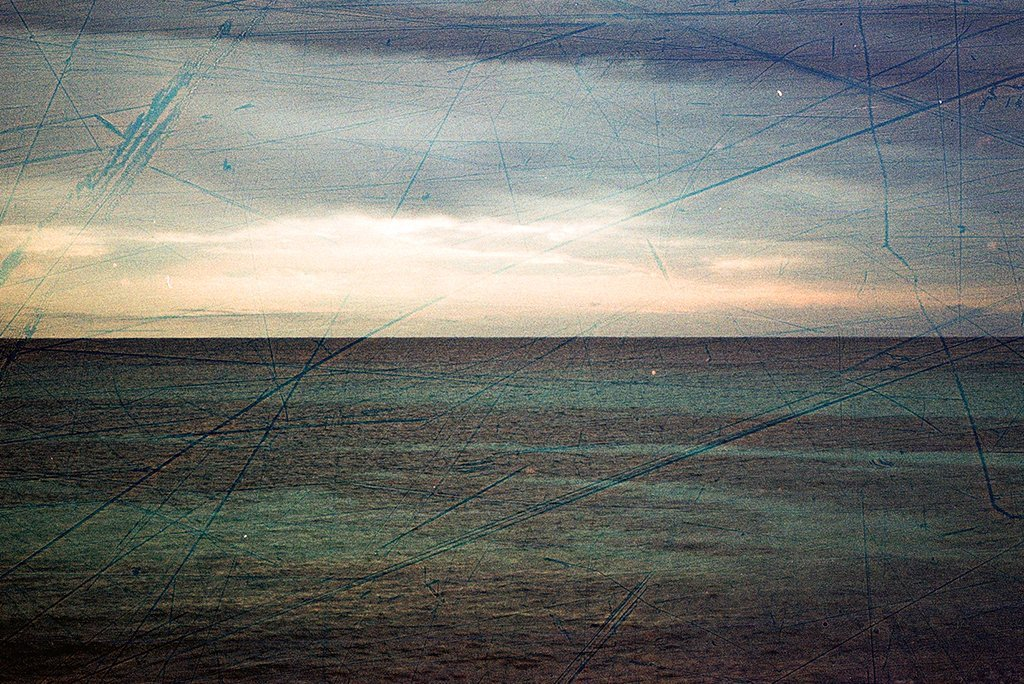 Revolog Streak Film 35mm Colour ISO 200 - Analogue Wonderland