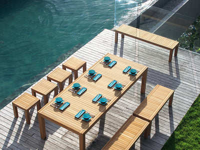 Ixit Dining Tables