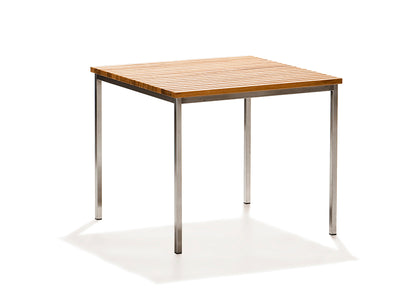 Häringe table by Skargaarden