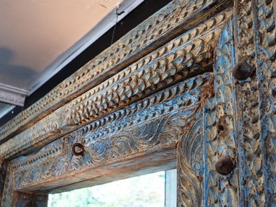 19TH CENTURY CARVED INDIAN  DOOR ARCHITRAVE WITH MIRROR INSERT