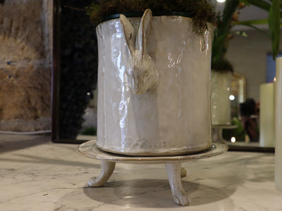 LAPIN FOOTED URN