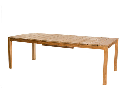 Oxnö extension dining table by Skargaarden