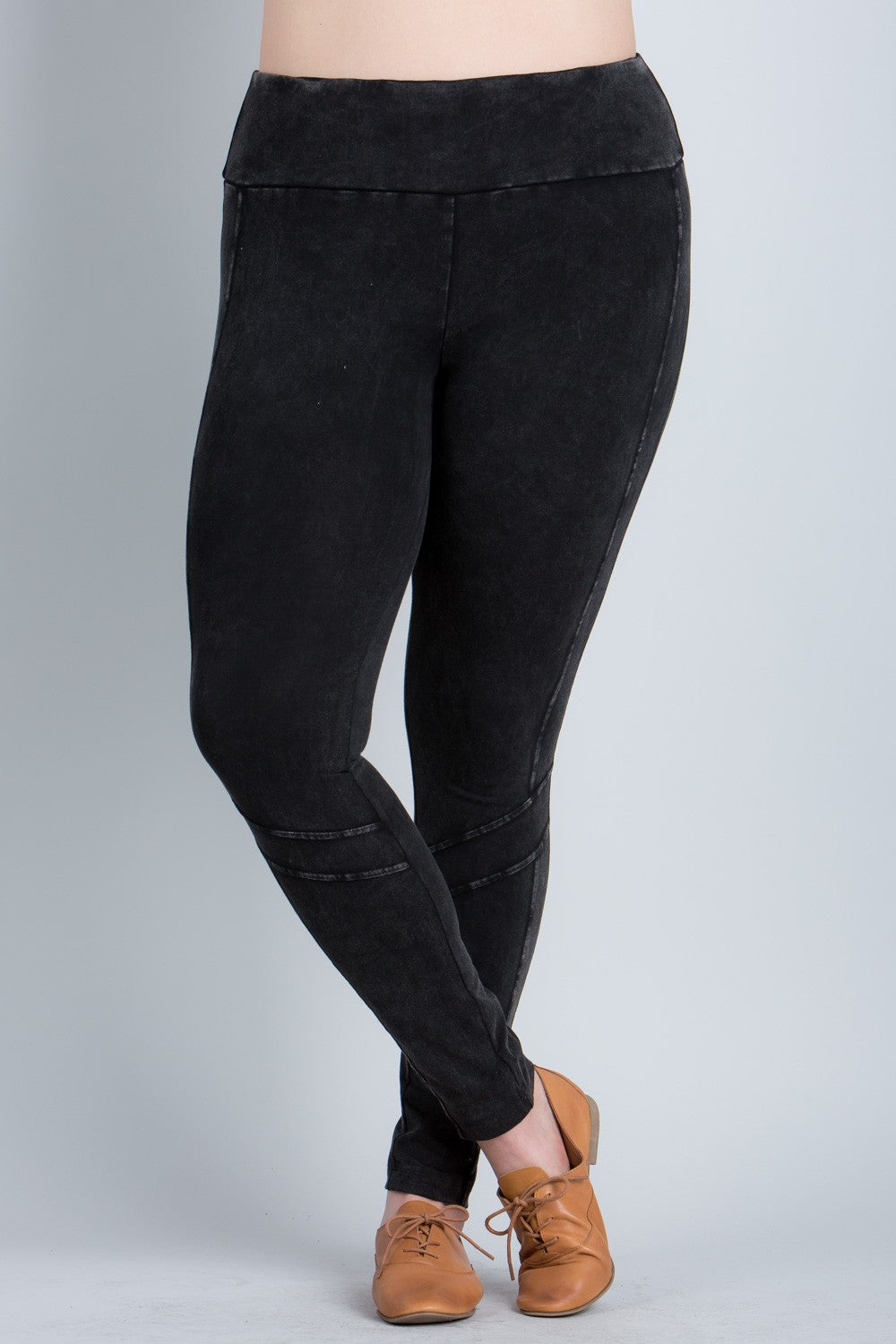 Moto Leggings in Black Mineral Wash
