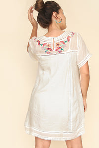 Mariana Embroidered Shift Dress