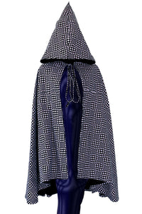 Hooded Cape : Black & White Wobberelli