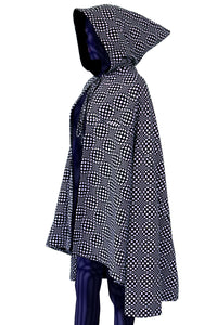 Hooded Cape : Black & White Wobberelli - Women Capes - Space Tribe