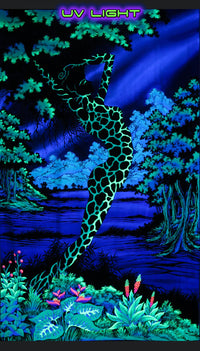 UV Wallhanging : Swamp Siren