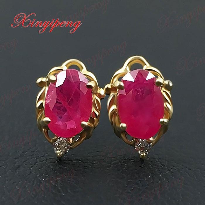 18 k yellow gold with natural ruby studs earrings red color of fire Fine jewelry contracted