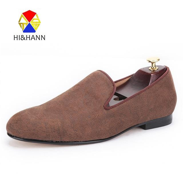 2017 new arrival Brown color men Handmade velvet shoes with abstract printing Prom and Wedding men loafers male's dress shoes