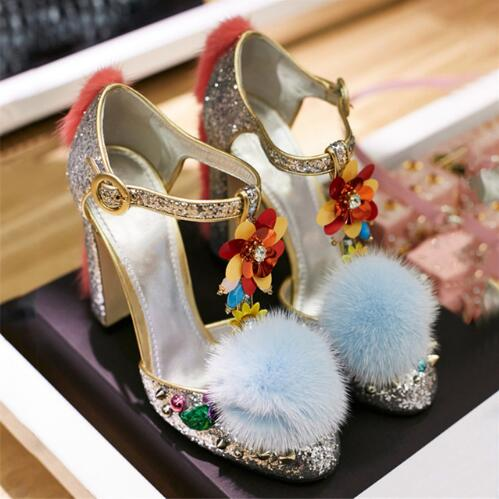 Saling Luxury Runway Fashion Comfortable Chunky High Heel Silver Shiny Sequins Pom Pom Shoes T Strap Pumps Designer Shoes Women