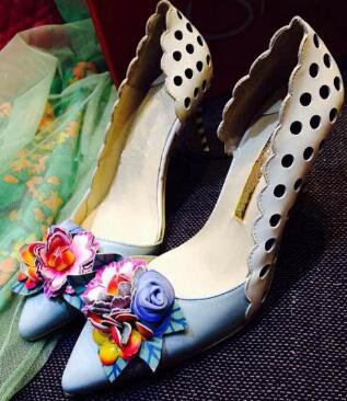 c8c8e488d5a Dipsloot 2018 3D Flower Embellished Slip-on Dress Shoes Party Shoes For  Ladies Sexy Pointed Toe High Heels Shoes Woman Pumps