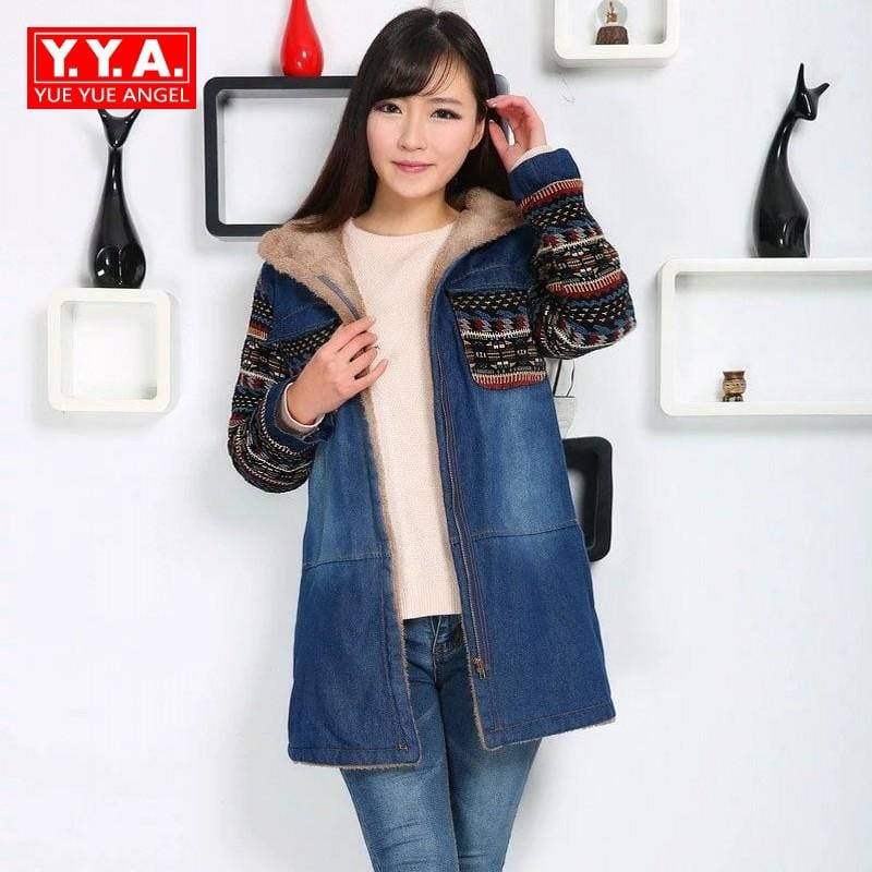 New 2018 Women Hooded Lambswool Thicken Denim Jackets Fashion Ladies Knitted Sleeve Patchwork Jeans Coat Female Winter Warm Coat