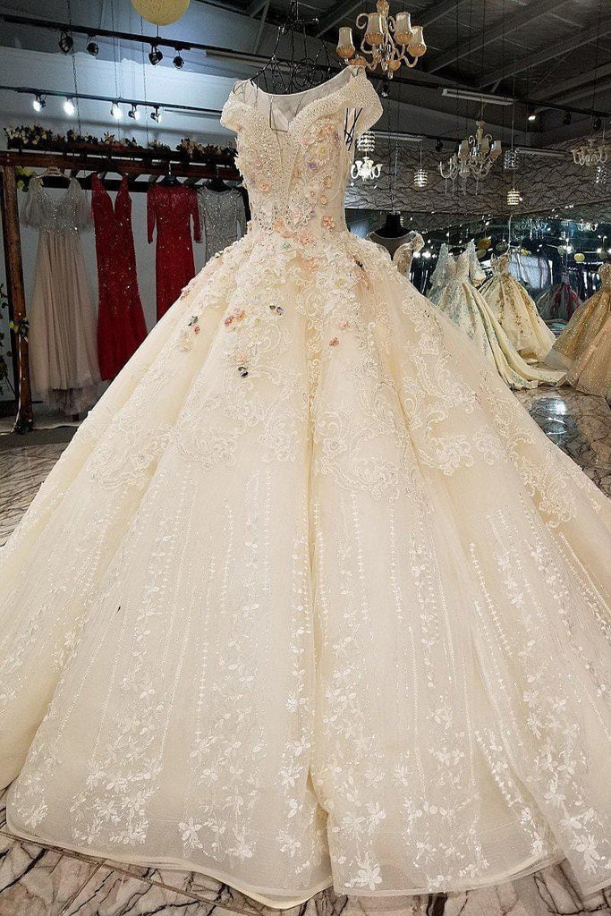 2018 New Pattern Bride white beautiful and elegance with beads Concise Luxurious Long Tailing Woman Wedding Ball gown Full dress