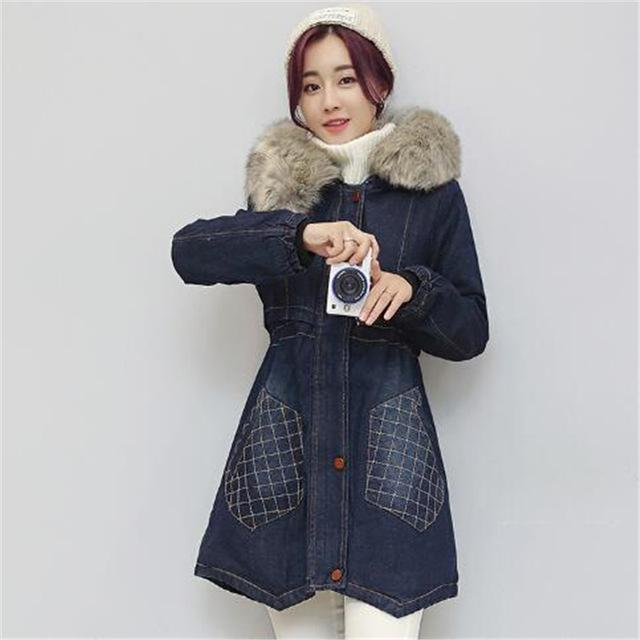 tnlnzhyn 2018 New Winter Women Denim Jacket Slim Fur Collar Hooded Jeans Jacket Coat Thick Female Women Winter Parka Y604