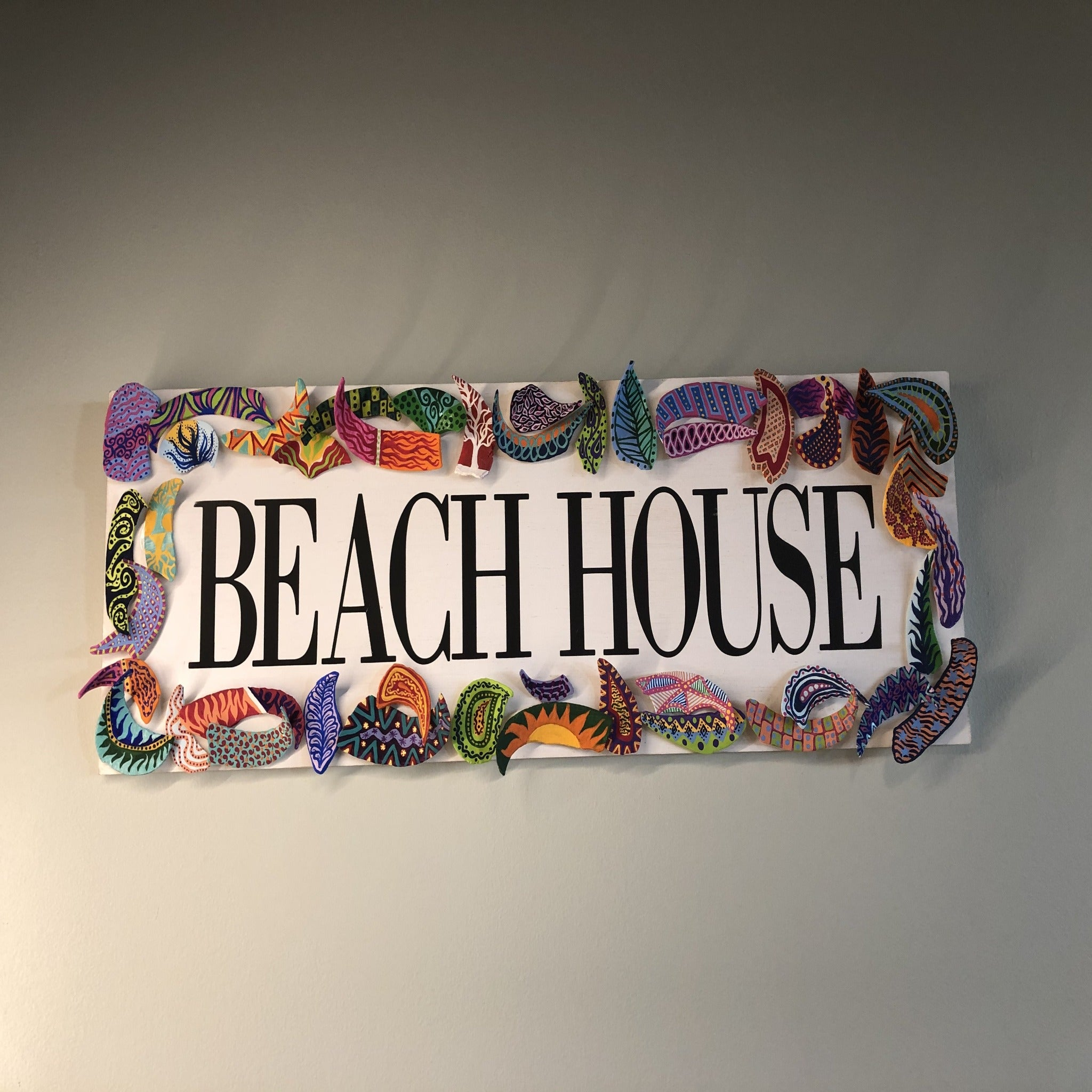 Clam shell beach sign by Central NJ artist E! Designs