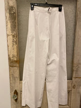 Tricot Chic White Trouser