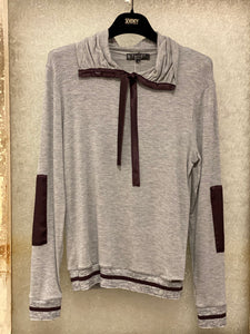 Tricot Chic Gray Knit Top