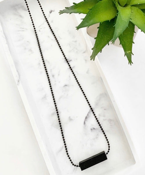 Black Chain Teething Bar Necklace | Black