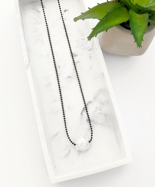 Black Chain Teething Necklace | Speckled