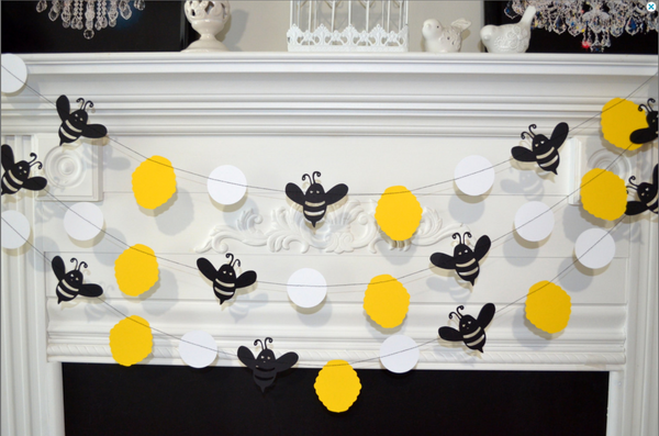 Bumble Bee Mommy To Bee Bumble Bee Baby Shower Decorations Bumble
