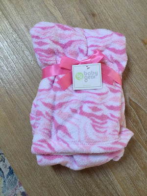 Pink Camo Camouflage print blanket by Baby Gear  30
