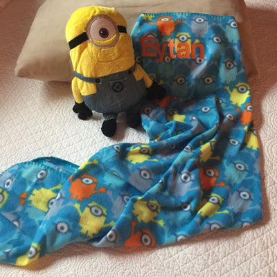 Minion Despicable Me Hugger and Throw Set - Personalized
