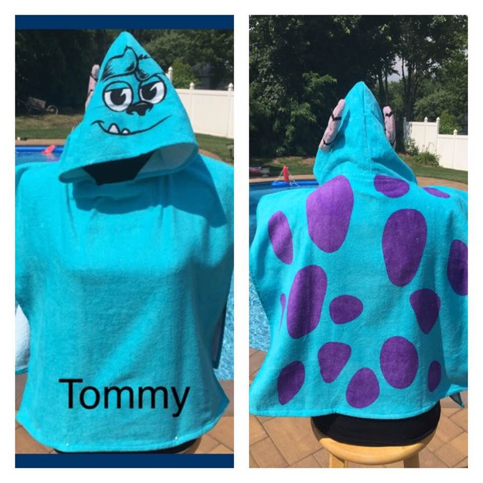 Disney/Pixar Monsters University Sully Hooded Poncho Towel – Personalized