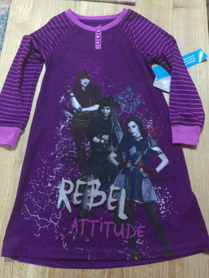 "Disney Descendants ""Rebel Attitude"" Nightgown Sleep Gown Girl Size 5/6"