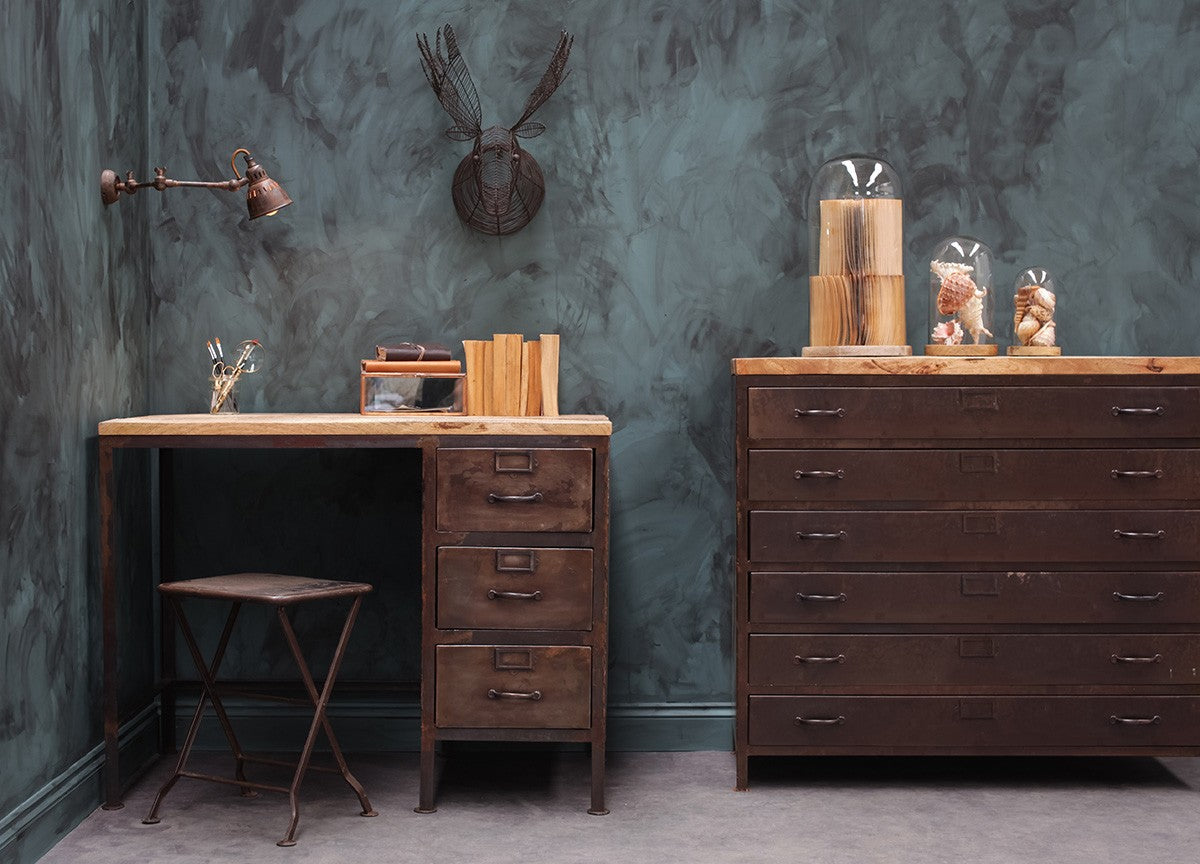 Get the industrial look with our latest furniture range in sustainable Mango wood